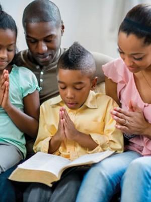 79. Jesus, abençoa as nossas famílias