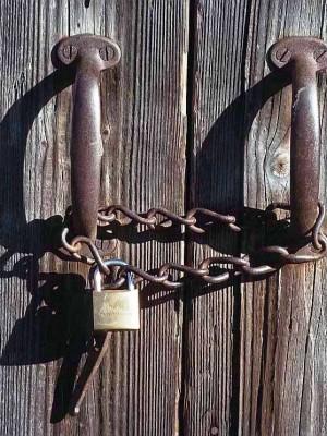 119. Portas fechadas